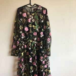 H&M brand new embroidered Dress